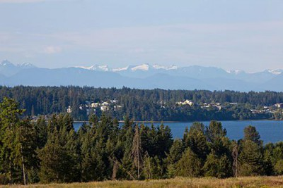 Ocean and mountain views at The Ridge in Courtenay on Vancouver Island