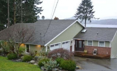 Waterfront home for sale Campbell River